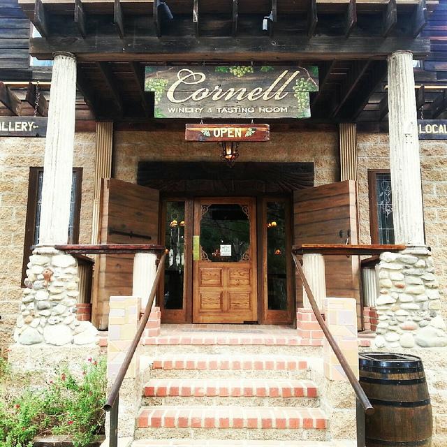 cornell-malibu-wine-tasting