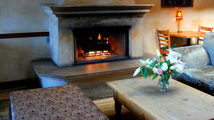 blue-agave-santa-barbara-fireplace