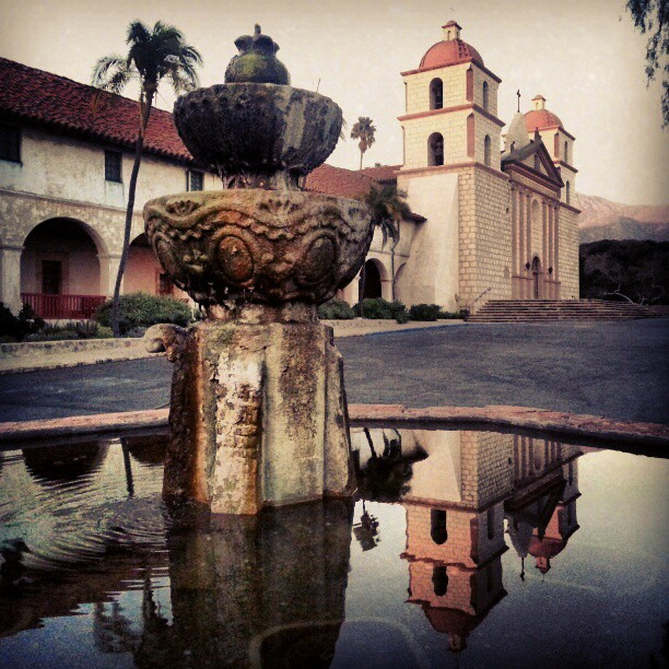 santa-barbara-mission-fountain
